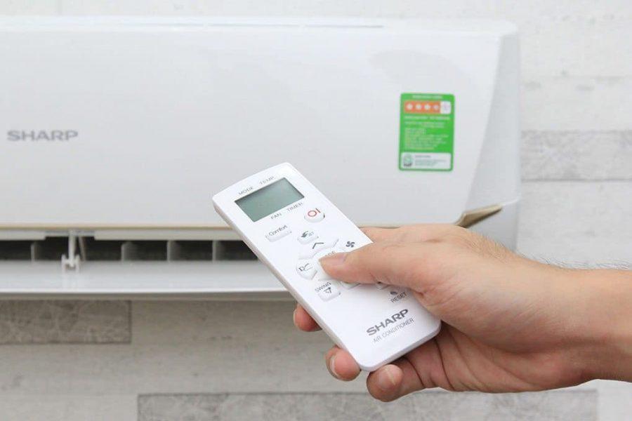 Remote máy lạnh không tắt được phải làm sao?