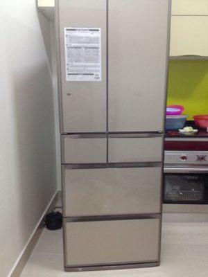 sửa tủ lạnh bị xì gas